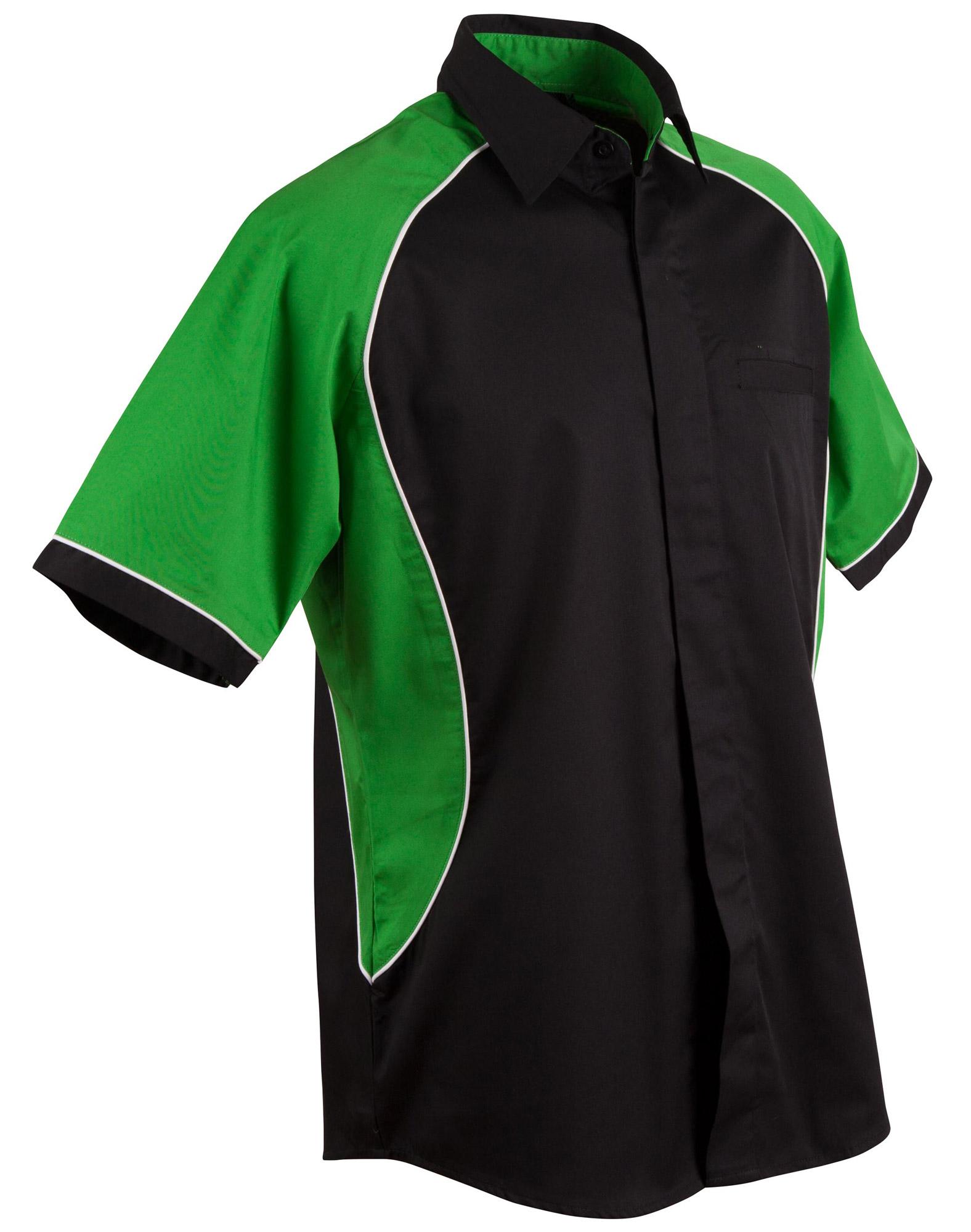 Black.White.Green